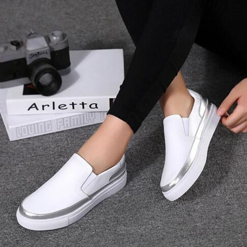 Leather flat shoes High quality women's shoes Black Silver flat shoes Soft bottom Student shoes