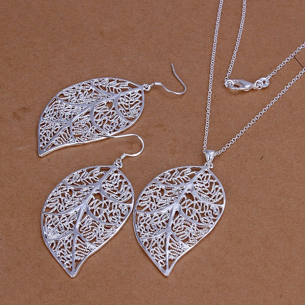 Hot  silver color  jewelry sets vintage European style exquisite hollow leaf pendant necklace Drop Earrings S180