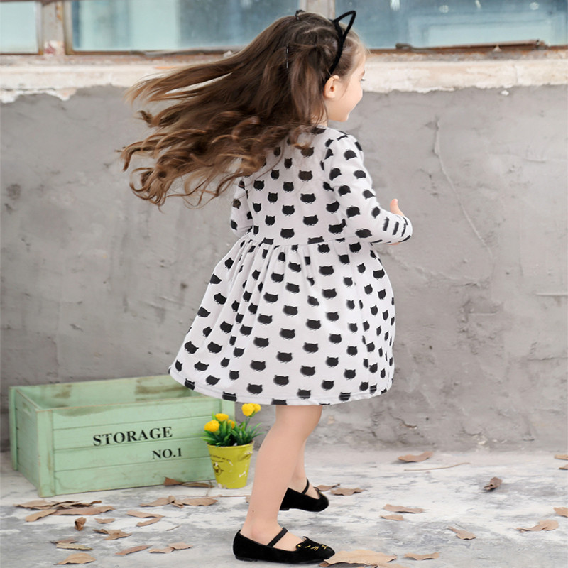 Girls-black-dress-cartoon-long-sleeved-black-stamp-elastic-pleated-Zou-comfortable-dress-stitching-girl-dress-Cartoon-cat-dress-2