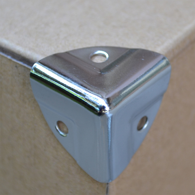 Freies Verschiffen 28mm Metall Eckwinkel Aluminium Ecke Gepacktasche
