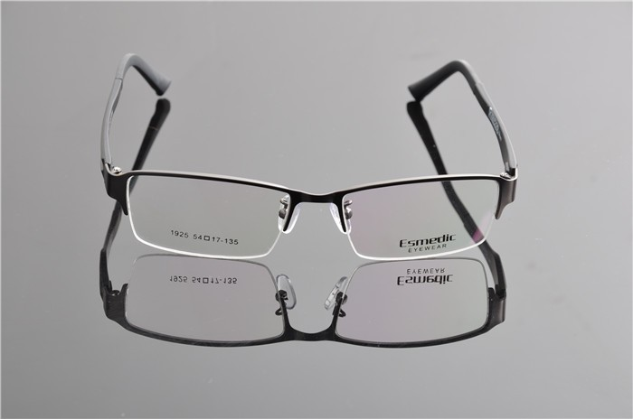 GUN glasses frame (2)