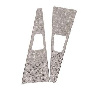 2PCS Metal Checkered Plate Mot