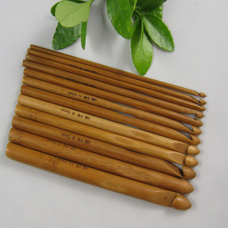 1Set 12pcs/LOT New Bamboo DIY Crochet Hooks Craft Knitting Needle Weave Yarn
