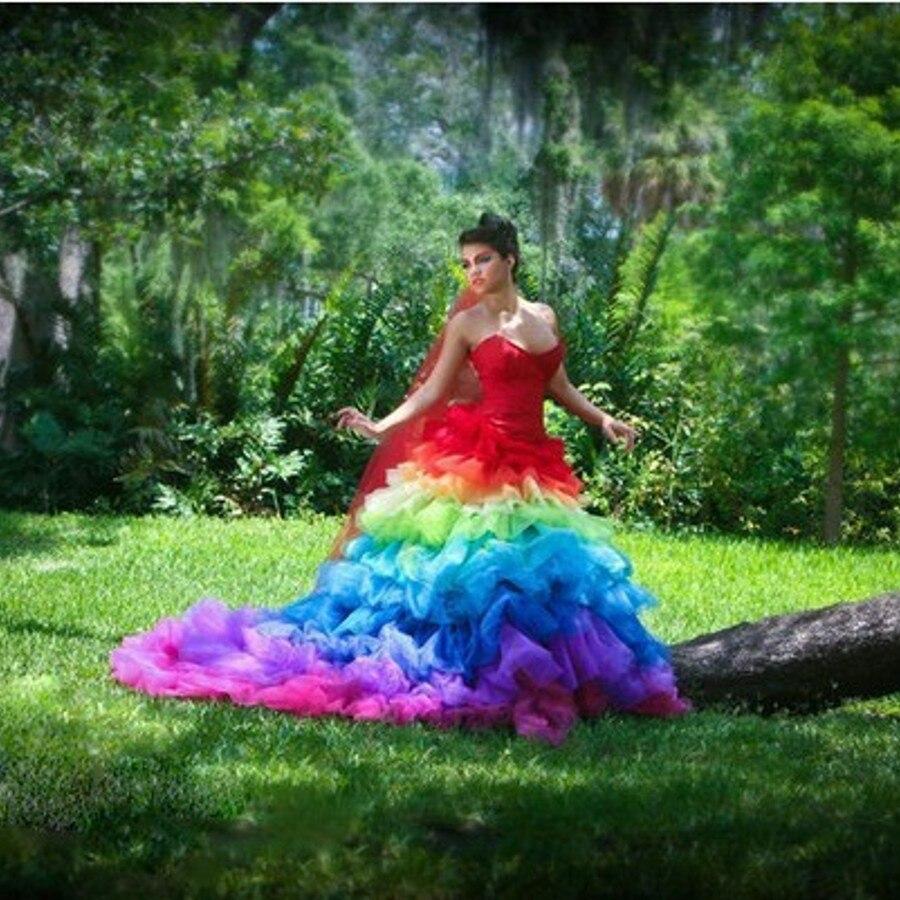 US $13.13 13% OFFKreative Gothic Bunte Braut Kleider Regenbogen Ball  Kleider Mode Hochzeit Kleid Falte Mit Roten Schleier Schatz  Ballkleiderwedding