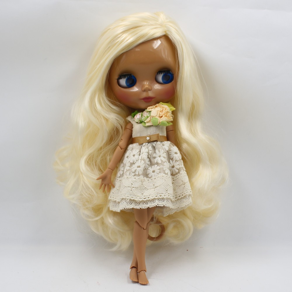 Neo Blythe Doll with Blonde Hair, Dark Skin, Shiny Face & Jointed Body 1