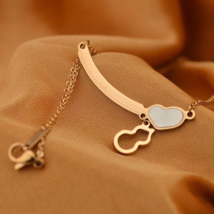 Hot sale fashion brand jewelry blue enamel heart bar mark letter