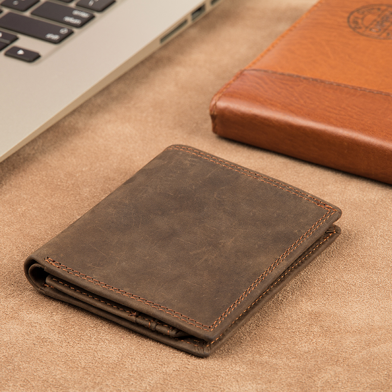 Augus High Quality Genuine Leather Short Purse Business Men Photo Holder Card Holder Fashion Wallet Money Holder Wallet 8144R in Wallets from Luggage Bags