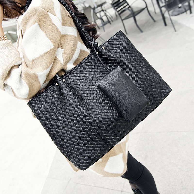 hot popular retro fashion handbags woven bag processing female bag mail free high-capacity brand packageshoulder bags