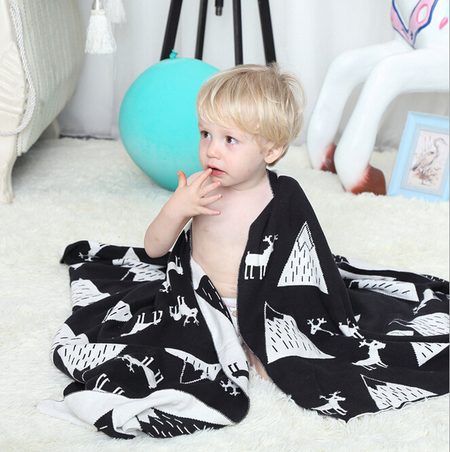 Fashion print  baby  Blanket Knitted cotton blanket,baby stroller blanket,white blanket, size 75*110cm