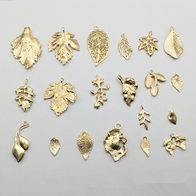 Golden Tone Brass Hollow Enamel Leaves Pendant Charms Crafts Findings 5pcs 50803