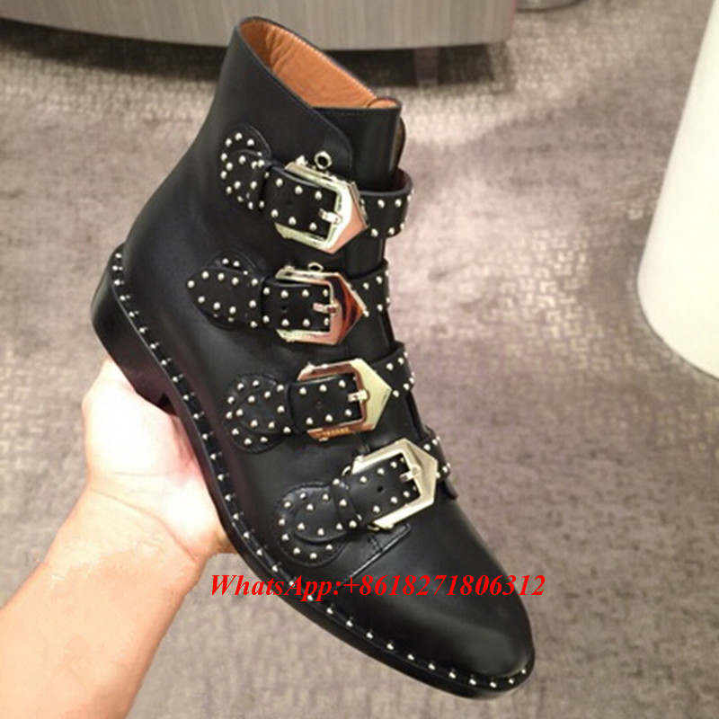 Superstar Celebrity Buckle Rivet Studded Ankle Boots Women Flats Shoes Woman Black Leather Spike Fashion Motorcycle Boots Autumn