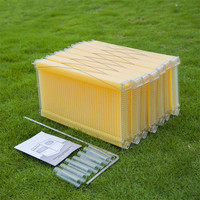 Beehive full set One Piece Automatic Honey Beehive Frames Food Grade Plastic beehive frame Beekeeping Tool 1 box of 7 pcs