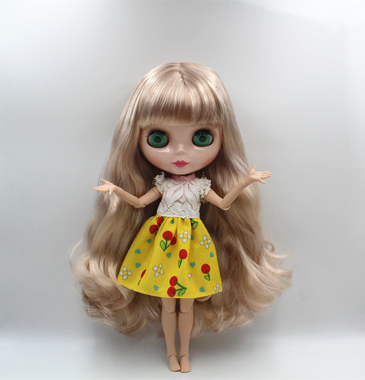 Blyth doll,Gorgeous pale blond hair, long curly hair, naked dolls, 19 joints, DIY dolls, fashion dolls, can change the body.