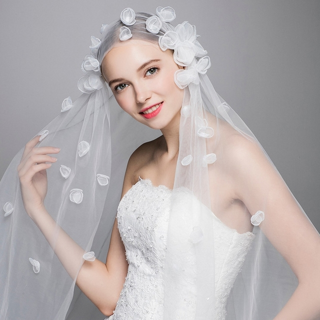 Ivory Simple Tulle Wedding Veil Bride Bridal Veils 2017 With Handmade Flower Accessories