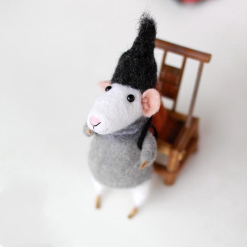 1 Set Non Finished Felting Poked Free Shipping Wool Felt Poked Set Handmade DIY White Mouse Material Bag Felt for Needle Craft