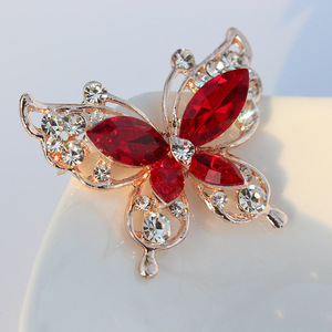 TODOX Brooch new Fashion beauty Women gold Zinc Alloy crystal exquisite flower butterfly insect pins hot sale party Gift man
