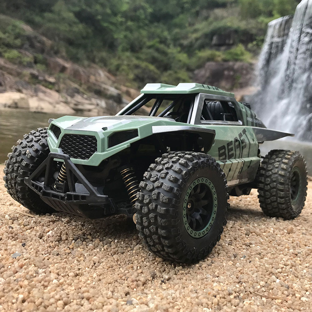 High Quality Tires Remote Control Cars Toy 1/18 2.4GHz 20 25km/H Independent Suspension Spring Off Road Vehicle RC Crawler Car