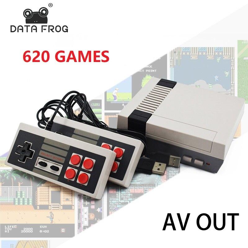 Daten Frosch Retro Video Spiel Konsole AV Ausgang TV Konsolen Eingebaute 620 Klassische Spiele Dual Gamepad Gaming Player