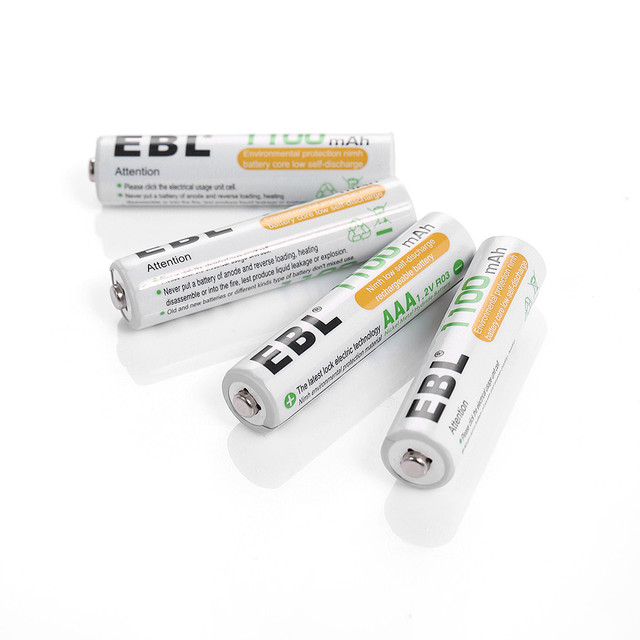 EBL 4 slots intelligent battery charger for AAA AA Ni-MH Ni-CD Battery + 4 in 1 Rechargeable Battery 1.2v 1100mAh