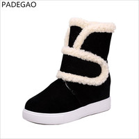 PADEGAO 새로운 모피 공장 도매 겨울 따뜻한 증가 경사 4 센치메터 발목 스노우
