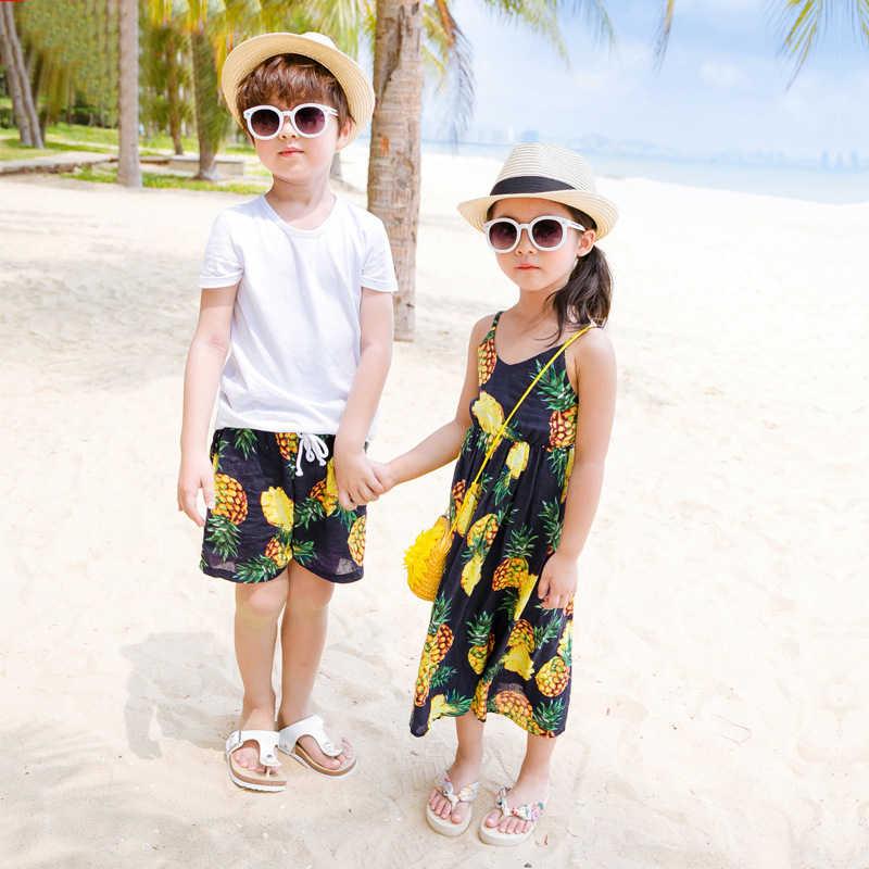 Одинаковая одежда для мамы и дочки, летнее платье без рукавов платья с ананасом с рисунком фруктов для девочек халат платье для мамы и дочки семейная одежда для папы и сына