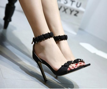 Woman Platform Sandals Open Toe Suede Leather Summer Ankle Wrap Shoes Ladies Thick Heels Sandals Super High Heels Sexy Rivets