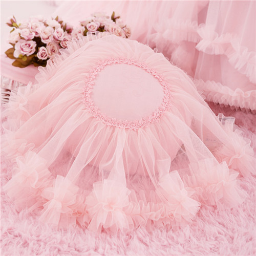 Round Heart Shape Pillow for Wedding Party Decoration Pleat Ruffled Lace Sweet Princess Bed Cotton 3D Cushion Throw Pillow