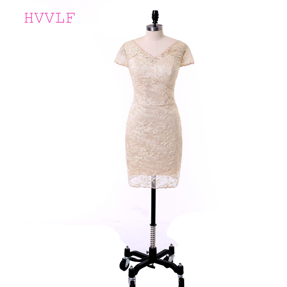 Champagne Mother Of The Bride Dresses Sheath V-neck Cap Sleeves Knee Length Lace Plus Size Groom Mother Dress For Wedding