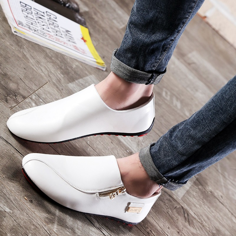 Men Flats Shoes White Casual Platform Pointed  Shoes PU Leather Shoes Male Loafers Men Flats Breathable Plus Size 39-45 OR642675 big toe sandal