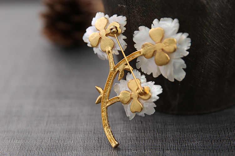 XlentAg ขี้ผึ้งธรรมชาติ Queen Shell ดอกไม้เข็มกลัด Pins และเข็มกลัดสำหรับของขวัญผู้หญิง Dual ใช้ Designer หรูหราเครื่องประดับ GO0232