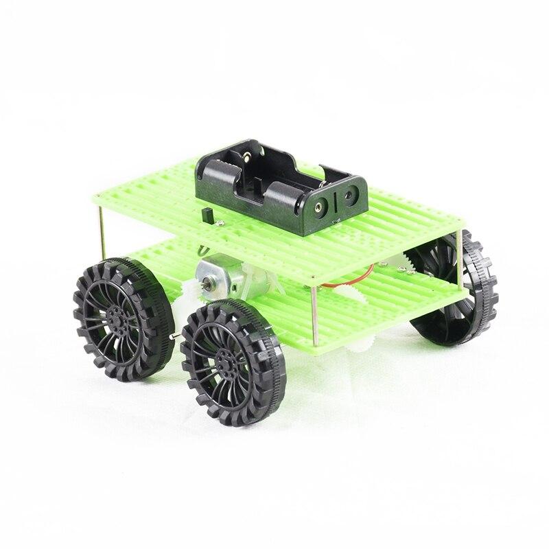 Oyuncaklar ve Hobi Ürünleri'ten RC Arabalar'de 1 adet Mini dört tekerlekli tahrik araba plastik yapma Diy çocuk çocuk oyuncak araç hediye yaratıcı buluş title=