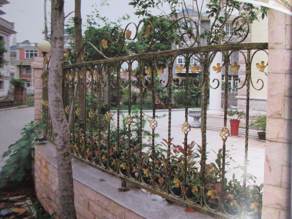 Hench 100% handmade forged custom designs Elegant Wrought Iron Fence Ideas and Designs|Fencing  Trellis & Gates| |  - title=