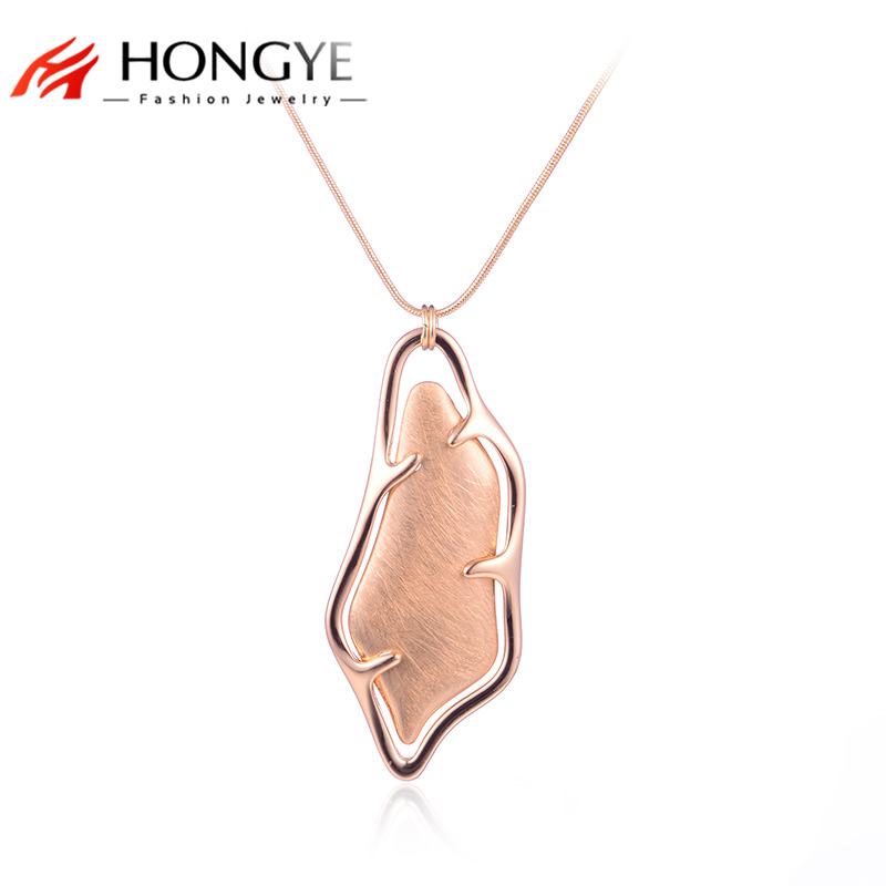 HONGYE Long Punk Statement Snack Chain Gold Color Hollow Geometric Heart Drawing Necklace & Pendants for Women Maxi Jewelry 2017