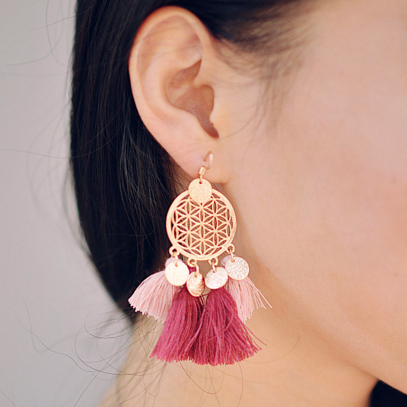 Sale 1Pair New Gold color round sequins boho Tassels Drop Earrings Women Sequins Woolen Drop Shipping Fashion Jewelry