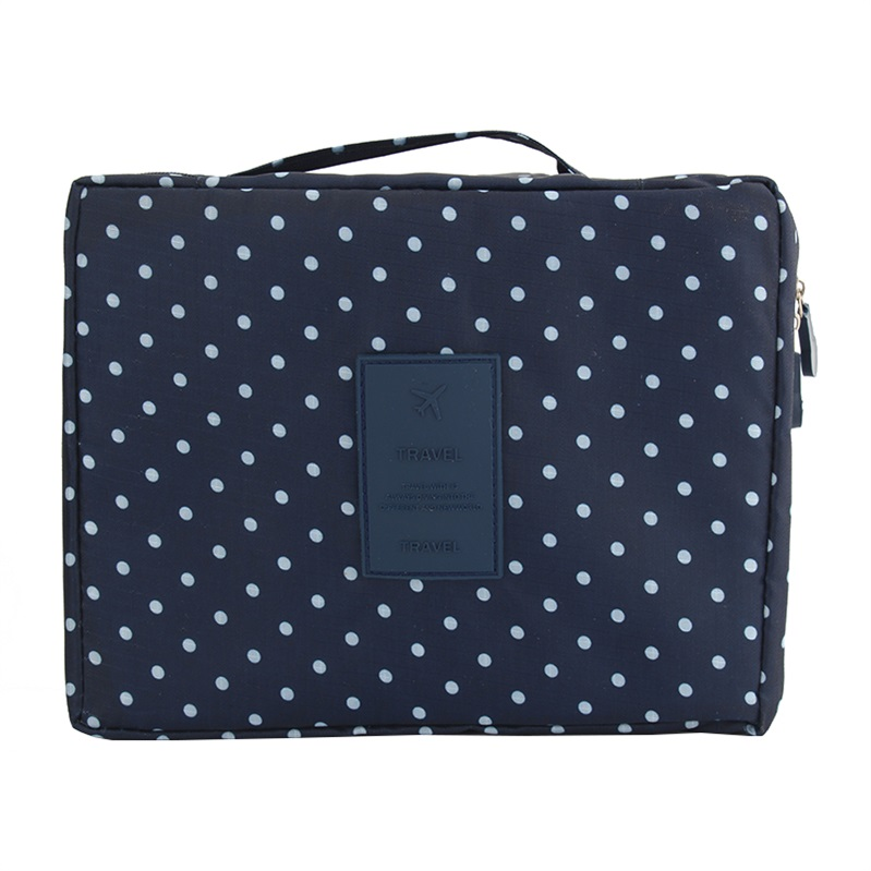 New-Female-large-capacity-cosmetic-bag-Korean-makeup-bag-women-handbag-portable-storage-waterproof-bag-multi (11)