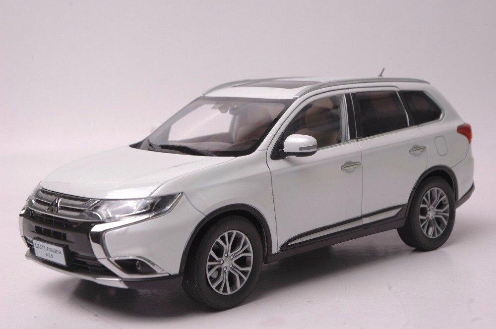 1 18 Diecast Model For Mitsubishi Outlander 2017 White Suv Alloy Toy