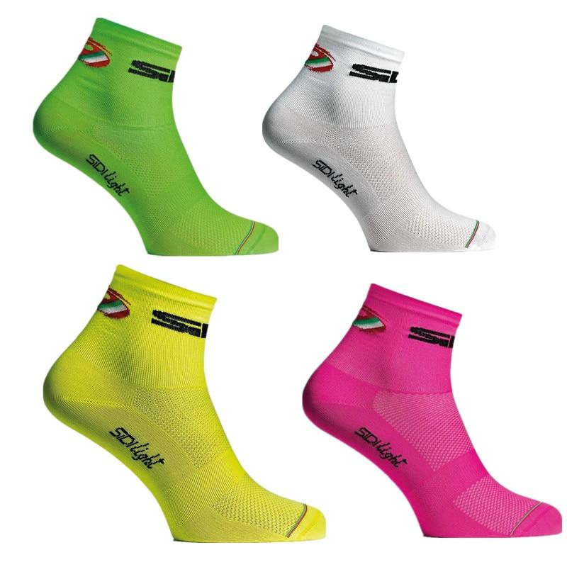 все цены на New 2018 Sping Summer Cycling Socks Men Women Sports Nylon Breathable Mesh Socks Calcetines Ciclismo Hombre
