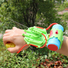 Wrist Water Gun Plastic Swimming Pool Beach Toy Gun Outdoor Shooter Toy Sprinkling Pistolet A Eau Toys For Children(China)