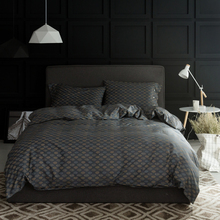 China Luxury Bedding Mall Small Orders Online Store Hot