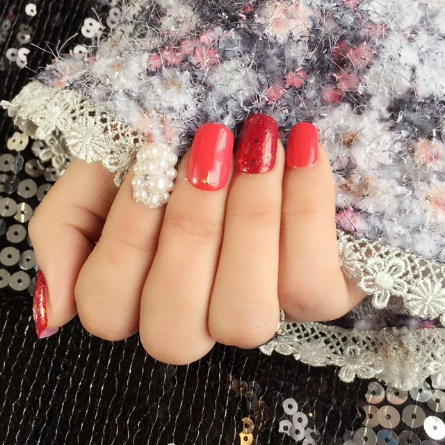 24pcs Short Fake Nail Tips Glitter Red 3d White Pearl Sequins
