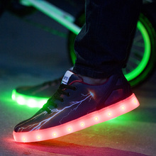 2016 New Style Men Shoes With Led Lights Glow Luminous Black Zapatillas Con Luces Graffiti Trainers Designer Zapatos Hombre