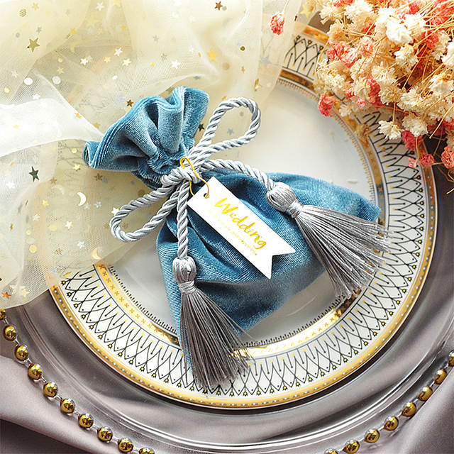 100pcs Custom Logo Velvet Bunch Chocolate Bag Wedding Favors Birthday Anniversary Party Gifts Personalized Candy Bags