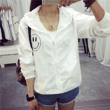 Women Basic Jacket New Fashion Hooded Thin Outwear High Quality Windbreaker Female Summer/Spring Sunscreen Jacket 2017