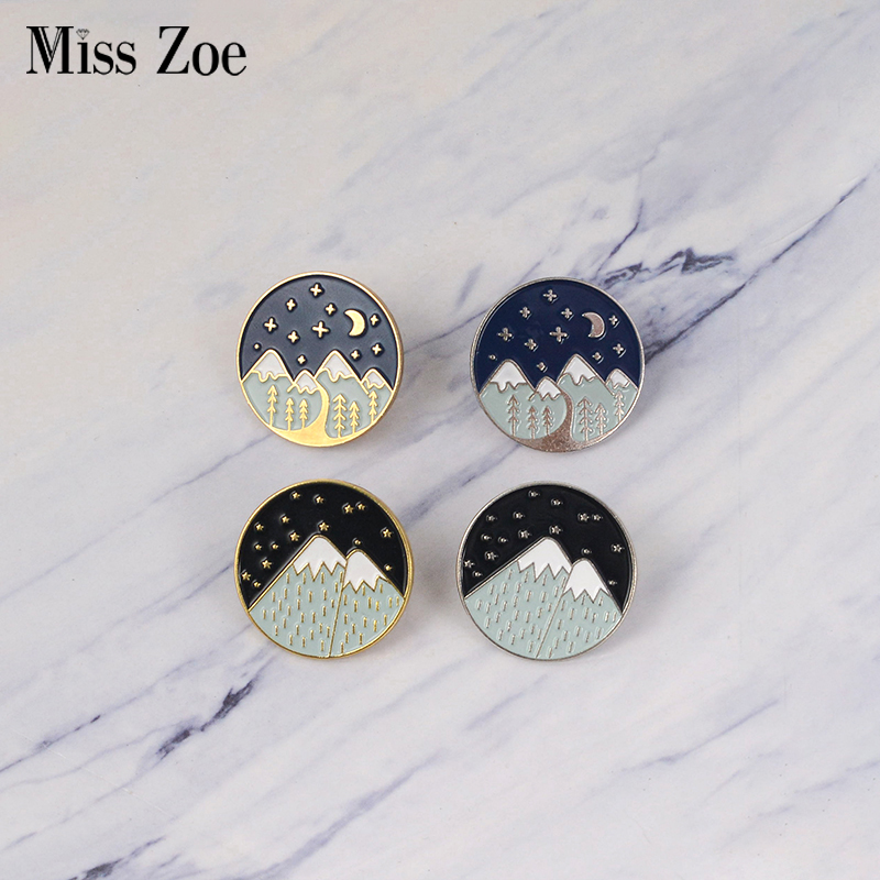 Golden Enamel Starry Night Moon Badge Bag Lapel 1pc Business Suit Hat Denim Jeans Snow Mountain Shirt Silver Brooches Gift Jewelry & Accessories