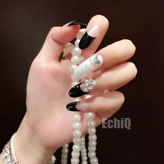 Oval Long Press On Nails Full Wrap White Black French Nails for Lady ...