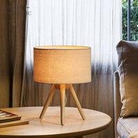 モダンな木製リネンベッドサイドミニマリストのテーブルランプ E27 AC 110 V-240 V 米国のプラグイン学生テーブルランプ寝室屋内ベッドサイドランプ