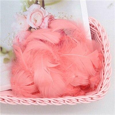 Разноцветные, 100 шт, гусиные перья, 8-12 см, гусиные перья, сценический шлейф, перья, промытый гусиный пух, пушистый шлейф для свадьбы, 3-4 дюйма - Цвет: watermelon red