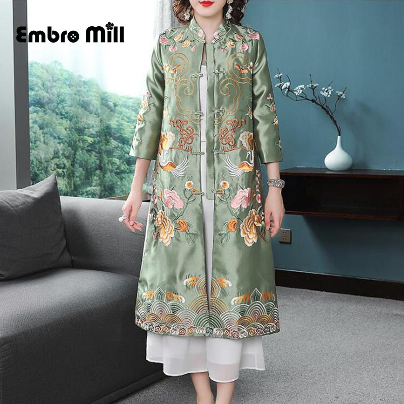 2019 The New spring and autumn Indie Folk Twill satin embroidery Retro Thin section women's coat S-2XL
