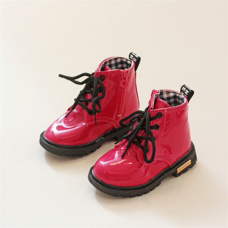 2016 winter new Hot girl children snow boots unique skid padded heel soft kids leather Martin