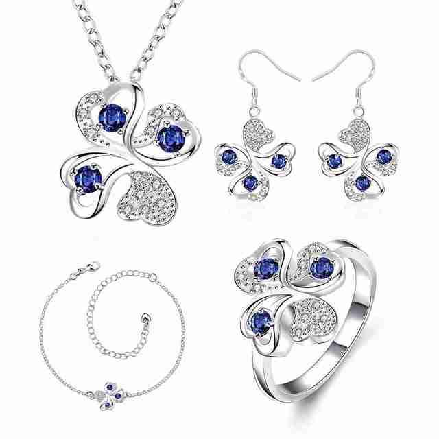 Frete Grátis Mais Novo de prata banhado a conjuntos de jóias Quadrifólio Strass Colar + Brincos + Pulseira + R mulheres bijoux